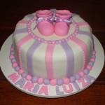 Decoração de bolo para festa infantil